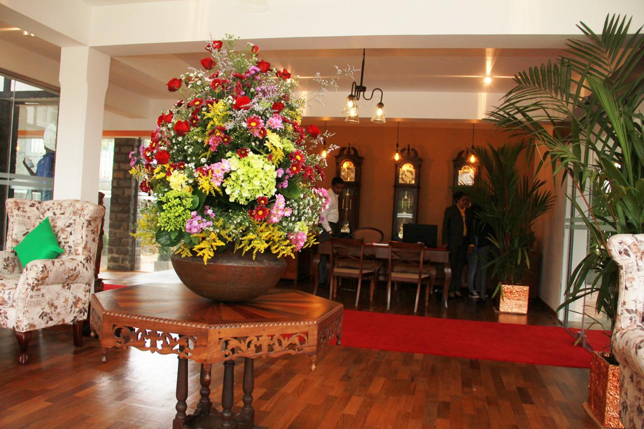 reception flower pot